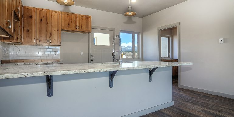 Monarch Crossing Salida CO-print-015-5-kitchen1-3162x2076-300dpi