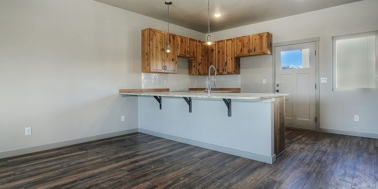 Monarch Crossing Salida CO-print-016-19-kitchen2-3119x2033-300dpi