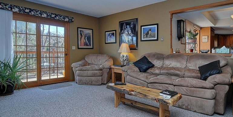 6720 Paradise Rd Salida CO-large-006-15-family room2-1500x969-72dpi