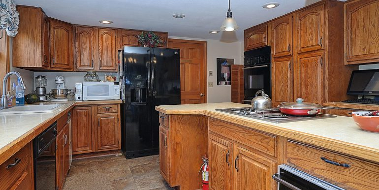 6720 Paradise Rd Salida CO-large-009-30-kitchen1-1500x997-72dpi
