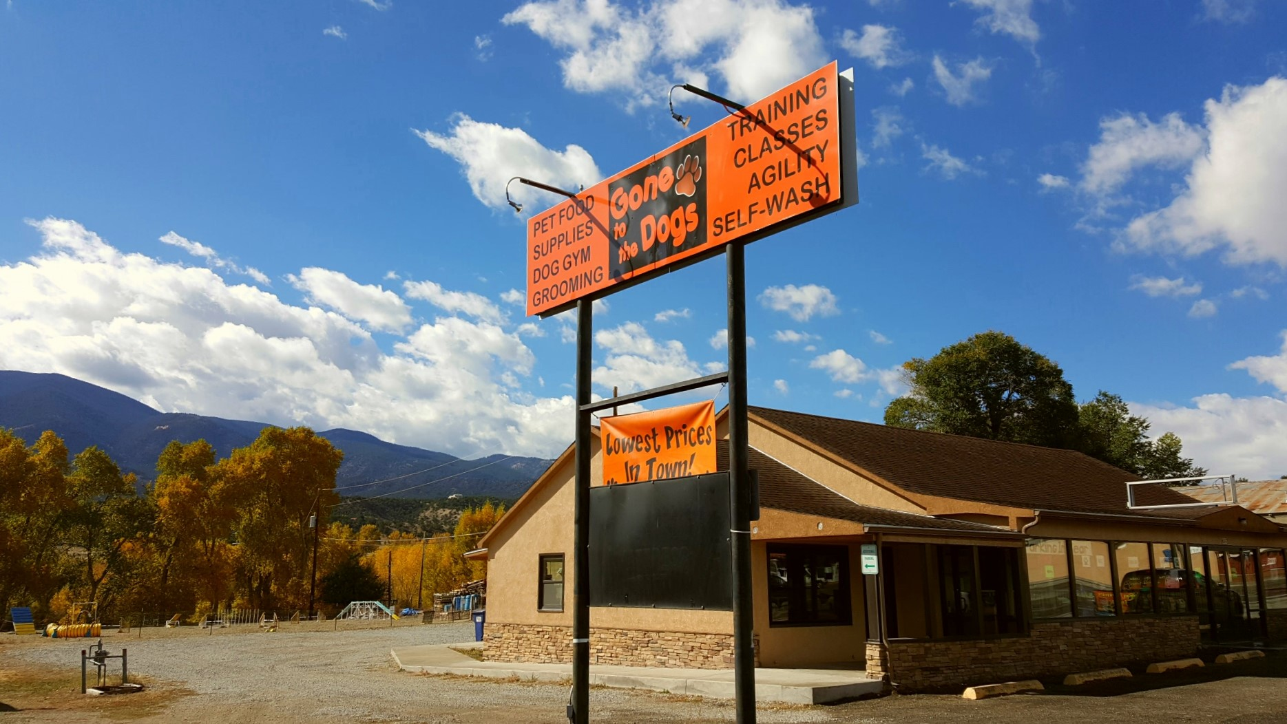 Gone to the Dogs – Business Only – 2 Locations ~ Salida, CO & Buena Vista, CO