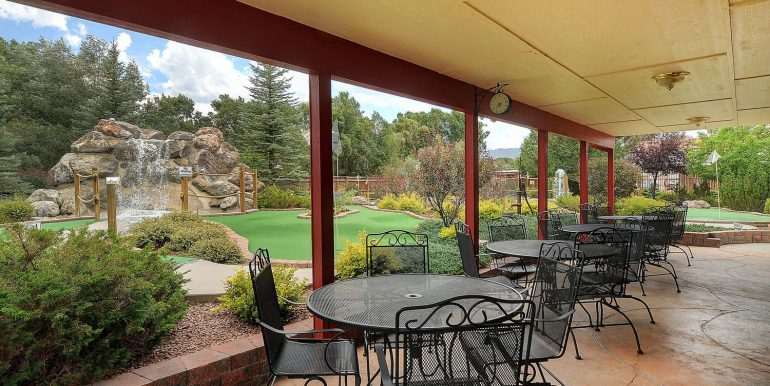 413 W Rainbow Blvd Hwy 50-large-039-45-Gorgeous covered patio-1500x996-72dpi