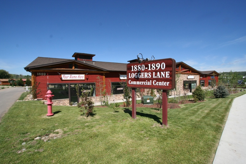 Loggers Lane Commercial