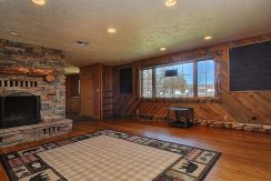 245 E Hwy 50 Salida CO 81201-large-004-011-foyer1-1500x987-72dpi