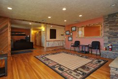 245 E Hwy 50 Salida CO 81201-large-006-016-foyer3-1500x997-72dpi