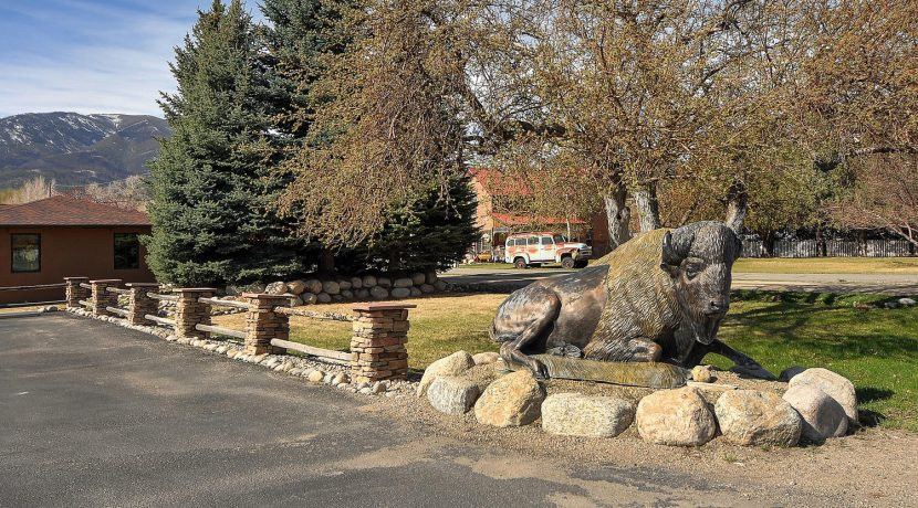 245 E Hwy 50 Salida CO 81201-large-023-023-parking entry-1500x985-72dpi